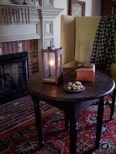 Living room Summer 2015...Linda B. www.picturetrail.com/theprimitivestitcher Primitive Fireplace, Primitive Living Room, Stove Fireplace, Fireplace Mantles, Primitive Country, Primitive Lighting, Antique Lighting, Prim Decor, Primitive Decor