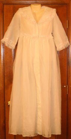 Vintage Robe Penoir Harrods of London White Pink Lace Sz 14