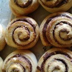 Rollos de Canela Fáciles Sweet Recipes, Healthy Recipes, Cinnabon, Fresh Bread, Sin Gluten, Flan, Doughnut, Muffin, Food And Drink