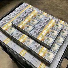 Flipagram Video, Make Money Online, How To Make Money, Dollar Money, Dollar Bills, 100 Dollar, Money On My Mind, Money Today, Money Bill