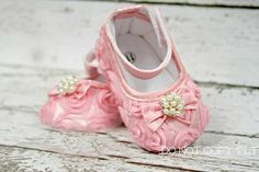 Bella Roses Baby Pearl Jeweled Fancy Shoes