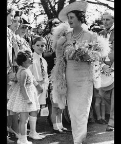 Queen Elizabeth , Queen Consort to King George VI arriving at a garden party held by Mrs Sigismund Goetze. Get premium, high resolution news photos at Getty Images Lady Elizabeth, Princess Elizabeth, Princess Diana, Lady Diana, Lyon, Windsor, Adele, Mother Pictures, Queen Mother