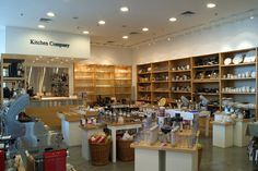 Argentina: Kitchen Company - Very much alike Williams sonoma