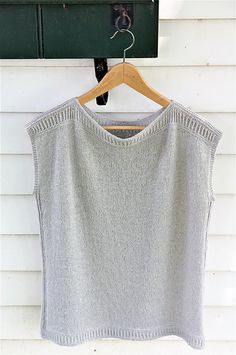 Seamless tee knitting pattern worked from the bottom up. Enola knitting pattern by Jennifer Shiels Toland knitted using The Fibre Co. Meadow in Bedstraw 3 Needle Bind Off, Knit Vest Pattern, Needles Sizes, Knitting Patterns, Ravelry, Tees, Presents, Lace, Women