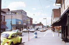 35mm Slide Honesdale Pa Street Scene Murray Co Cars 1973 Kodachrome Original