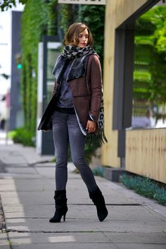 Faux fur lined lapels make up this cozy suede jacket. Faux fur trim details elevate this warm look.