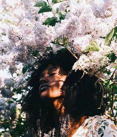 cabin four ↝ demeter Skin Girl, Black Girl Aesthetic, Spring Aesthetic, Poses References, Photoshoot Inspiration, Black Is Beautiful, Black Girl Magic, Dark Skin, Bunt