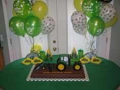 Tractor Cake (Party Table) by RDPJCakes, via Flickr