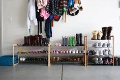 Sin duda ordenar los zapatos no es tarea fácil, por eso tengo para ti los mejores tips para que puedas ordenar tus zapatos de una manera fácil y rápida... http://hogar.linio.com.mx/tips/como-organizar-los-zapatos/