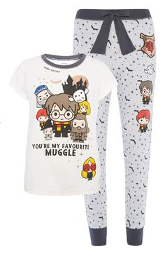 We've got clothing and bags and shoes, oh my! Cute Pajama Sets, Cute Pjs, Cute Pajamas, Teen Fashion Outfits, Mode Outfits, Girl Outfits, Harry Potter Style, Harry Potter Outfits, Lazy Day Outfits