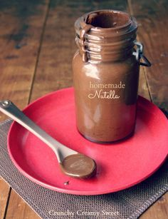 Homemade Nutella (Chocolate Hazelnut Spread)   CrunchyCreamySweet.com
