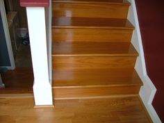 Flooring For Stairs, Best Flooring, Vinyl Plank Flooring, Basement Flooring, Flooring Ideas, Stair Decor, Diy Stair, Basement Layout, Basement Ideas