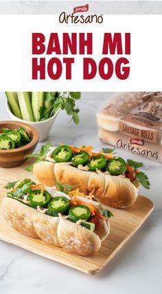 Tostadas, Tacos, Gourmet Hot Dogs, Hot Dog Toppings, Carrot Slaw, Asian Recipes, Healthy Recipes, Hot Dog Recipes, Good Food