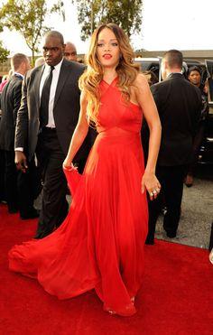 Alfombra roja de los Grammy 2013 - AME EL VESTIDO!