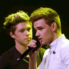 Yeah Niall I look at Liam that way too -E