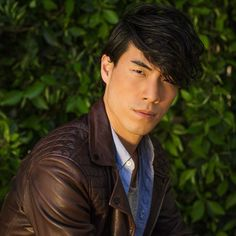 Another picture of Eugene Lee Yang cos I couldnt decide which one to post the other day. Eugene Buzzfeed, Eugene Lee Yang, Try Guys, Portrait Photography Tips, The Fault In Our Stars, Attractive People, Seong, Drawing People, Man Crush