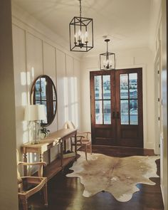 Cozy Home Decoration .Cozy Home Decoration Chandelier In Living Room, Living Room Mirrors, Living Room Chairs, Living Room Decor, Pendant Chandelier, Light Pendant, Decor Room, Dining Chairs, Wall Decor