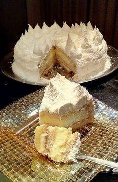Αφράτη τούρτα καρύδας !!! ~ ΜΑΓΕΙΡΙΚΗ ΚΑΙ ΣΥΝΤΑΓΕΣ 2 Greek Desserts, No Cook Desserts, Greek Recipes, Ice Cream Recipes, Cookbook Recipes, Cookie Recipes, Dessert Recipes, Sweets Cake, Cupcake Cakes