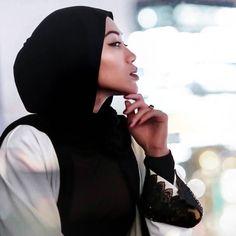 abaya, modest, elegant