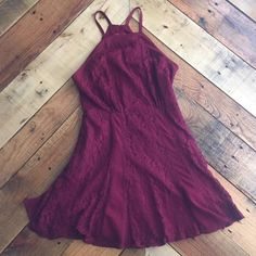 Forever 21 dress Not all lace but a lot of lace. Cute and flowy. True to size. Worn twice. Forever 21 Dresses