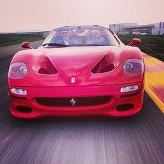 Face to face with a Ferrari F50. Duck. #ferrari #f50 #exoticcars #fastcars #carfantasy