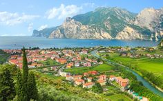 Ask the experts: Lee Marshall, Telegraph Travel's Italy expert, suggests the best places to eat on Lake Garda