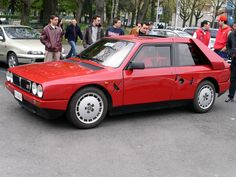 Side view - Lancia Delta S4