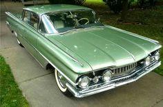1959 Oldsmobile 98 Holiday Sedan
