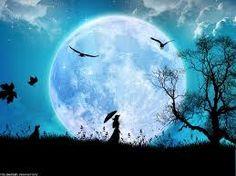a la luz de la luna..
