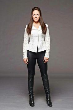 Anna Silk, Bo | Lost Girl Season 5 Promo