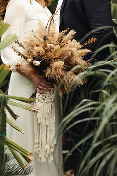 macrame bouquet