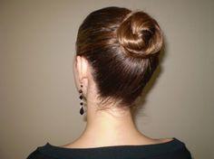 Pettinature per nascondere i capelli sporchi - http://www.wdonna.it/pettinature-capelli-sporchi/64932?utm_source=PN&utm_medium=WDonna.it&utm_campaign=64932