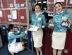✩ KOREAN AIR ✩ IN ACTION  Flight Attendant   Cabin Crew ✩ 대한항공 승무원 ✩ ❛Angels of the Sky❜ 승무원 렛츠고~!!! :: 대한항공 승무원 연봉 얼만가요?