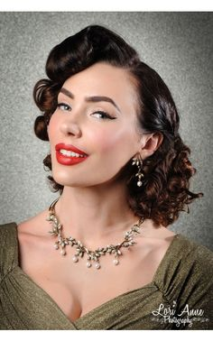 Crystal and Navette Pearl Vine Necklace   Pinup Girl Clothing