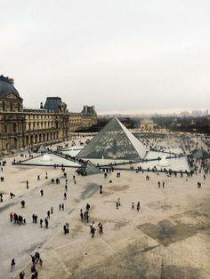 Louvre Museum, Paris / cecilia austin