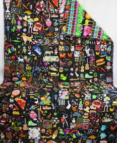 I Spy Quilt - All Black Fabric Matching Look Quilt - Generous Size Children's I Spy Matching Quilt - Play Mat - Memory game - Child's quilt