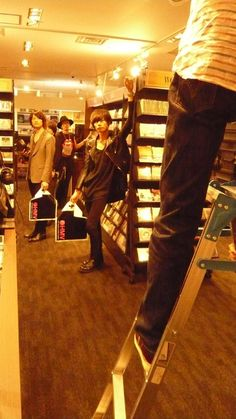 [Chamapgne]2013/5/13 5月某日、HMV PREMIUM 丸善丸の内にて行われたthe music & movie master [Chamapgne] Special Isuueの撮影。http://www.hmv.co.jp/news/article/1305130073/