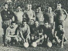 23 de noviembre de 1961. España, 3 - Marruecos, 2. De pie, de izquierda a derecha: Araquistain, Rivilla, Santamaría, Calleja, Ruiz Sosa, Zoco. Agachados, en el mismo orden: Aguirre, Del Sol, DiStéfano, Marcelino y Collar.