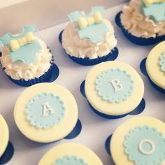 baby boy, baby shower cupcakes x www.prettysweetbakehouse.com