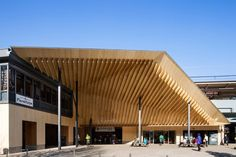 Keio Takaosanguchi Station in west Tokyo, by Kengo Kuma & Associates Cultural Architecture, Roof Architecture, Futuristic Architecture, Sustainable Architecture, Contemporary Architecture, Ancient Architecture, Front Gate Design, Roof Design, Kengo Kuma
