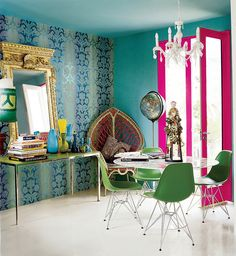 Saturated hues of teal and fuchsia complement one another in a surprisingly pleasant way. Source: Simon Upton for Domino