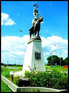 Estatua de María Lionza en Chivacoa, Yaracuy, Venezuela