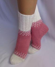 , Wool Socks, My Socks, Knitting Socks, Baby Knitting, Mitten Gloves, Mittens, Knit Baby Booties, Slipper Socks, Crochet Clothes