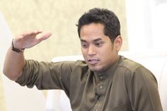 KJ Beri Kata-Kata Semangat Kepada Chong Wei - http://malaysianreview.com/116779/kj-beri-kata-kata-semangat-kepada-chong-wei/