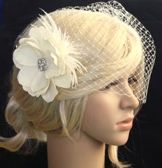 Vintage inspired Birdcage Veil and Detachable hair flower-http://www.wearableartz.com