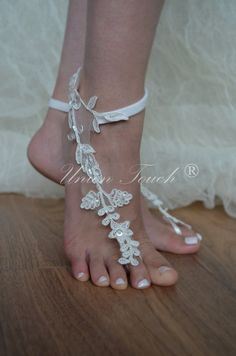 Free Ship Beach wedding barefoot sandals Beach shoes, bridal sandals, lace sandals, wedding bridal, ivory accessories, summer wear