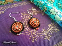 This is Halloween, Halloween, Halloween! Earrings, steel ear wires.  Add some color to your day with these handmade czech beads earrings !