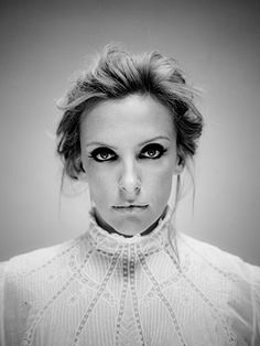 Toni Collette. Definitely my favorite Aussie actress! She is another rare gem to come from down under. Love, love, love her! Faves: United States of Tara, In Her Shoes, Sixth Sense, Muriels WEDDING, and much more.