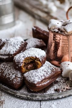 Gingerbread Surprise Beignets with Spiced Mocha Hot Chocolate No matter what, whether you like gingerbread or not, you will like these. - Gingerbread Surprise Beignets with Spiced Mocha Hot Chocolate Just Desserts, Delicious Desserts, Dessert Recipes, Yummy Food, Frosting Recipes, Winter Desserts, Dessert Food, Holiday Desserts, Recipes Dinner