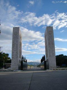 """✌❤Patinando un rato, me tome un """"Break"""" para capturar El Monumento a los Los Proceres, Caracas, Venezuela"""